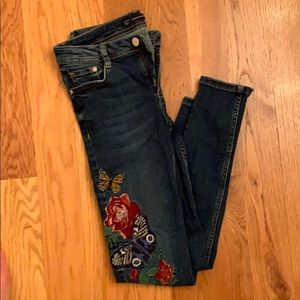 Zara ankle length jeans